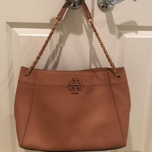 Tory Burch McGraw Tote like new not a flaw!